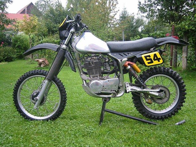ou trouvé bague pneu moto